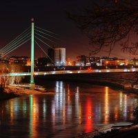Мост влюбленных в Тюмени :: Дмитрий Рассудимов