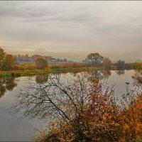 туманный день на Москве реке :: Дмитрий Анцыферов