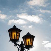 Влюблённые фонарики. :: Дмитрий Радченко