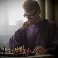 Серёжа и шахматы :: Полина Суязова