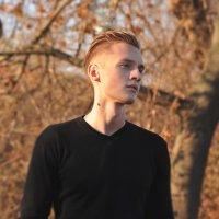 y :: Zhenya Abramchuk