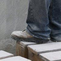 Вот  так  работает Скульптор  по мрамору ДЖИКИЯ ВАЛЕРИАН (Грузия) :: Валерия  Полещикова
