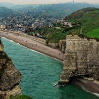 Город Фретат, Бретань, Франция :: Борис Соловьев