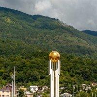 Памятник Свободы в городе Гагра, Абхазия :: Андрей Гриничев