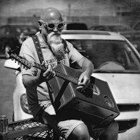 Про медный лоб и чемоданную музыку... :: Танкист .