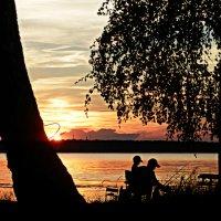 Рыбалка в летний вечер :: Илья Матвеев