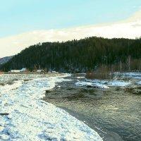 Речка за деревней :: юрий Амосов