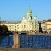 Свято-Исидоровская церковь Вид Пикалова с моста :: Владимир Гилясев