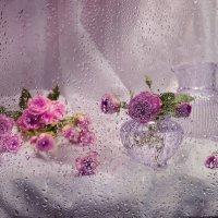 ..Отцветают розы в жемчуге дождя... :: Валентина Колова