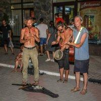 Уличные музыканты. :: Виктор Грузнов
