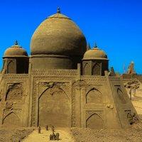 Выставка песчаных фигур_3 :: Дмитрий Перов