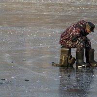 По первому льду :: Сергей Галкин