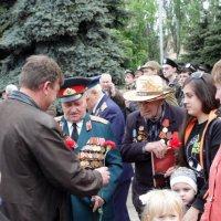 Спасибо Дед, спасибо родной. :: Сергей Касимов