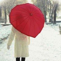 Красный зонтик :: Aliya Amazbekova