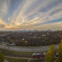 Осенний закат из окна :: Лидия Цапко