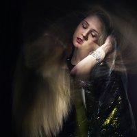 девушка в движении :: Iryna Chorna