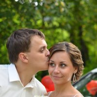 поцелуй жениха :: Юлия