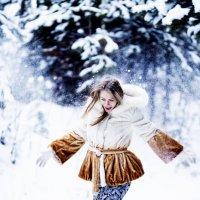 Прогулка в зимнем лесу :: Татьяна Долидудо