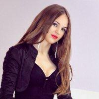 Портрет девушки :: Лариса Кайченкова