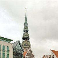 Башня собора святого Петра :: Олег Попков