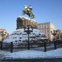 Памятник Б. Хмельницкому :: Zinaida Belaniuk