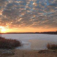 Вечер на озере. :: Hаталья Беклова