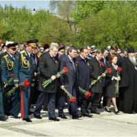 Монумент Славы, возложение венков :: Дмитрий Конев