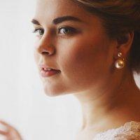 Невеста у окна. :: Руслан