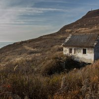 Заброшенный дом :: Mikhail Latukhin
