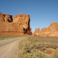 По пустынным дорогам Юты и Аризоны. :: Владимир Смольников