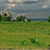 пейзаж с монастырем :: Дмитрий Анцыферов