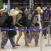 Таиланд. Аэропорт Суварнабхуми. Очень много рюкзаков :: Владимир Шибинский