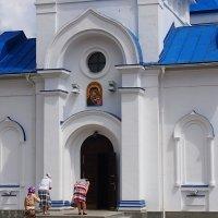 вход в Казанскую церковь :: Ирина ***