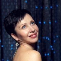 Новый год к нам мчится :: Ирина Шаманаева
