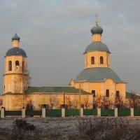 Церковь Петра и Павла в Ясеневе. :: Александр Качалин