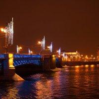 наряжаются мосты!!!!!!!! :: Валентина Папилова