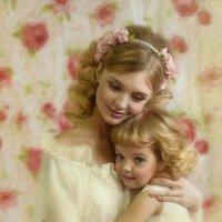 Мама с дочей :: Елена Инютина