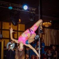 Танцы на пилоне-2 :: Артур Макаров
