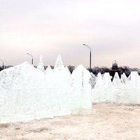 Ледяная крепость в Коломенском :: Владимир Болдырев