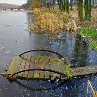 замерзший мостик :: юрий иванов