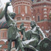 Памятник Минину и Пожарскому в Москве :: Борис Гребенщиков