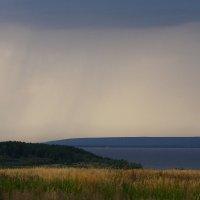 Где-то дождь  полосой.... :: Валерия  Полещикова