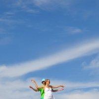 Двое на фоне неба :: Роман Сазонов