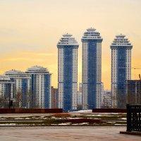 Утро в большом городе :: Владимир Болдырев