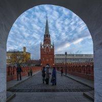Вход в Кремль :: Юрий Митенёв