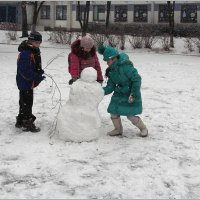 Сыпет снег на радость детям! :: Роланд Дубровский