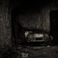 В темных туннелях. :: Александр Великанов