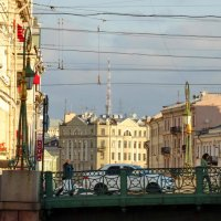 Река Мойка.Зелёный мост.Фрагмент. :: Владимир Гилясев