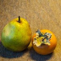 Хурма и груша :: Billie Fox