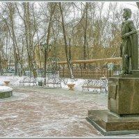 Памятник поэту. :: юрий Амосов